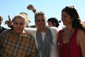 María, Ángela y Estela en el Palacio de Justicia